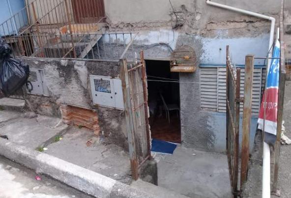 2 casas de 2 cômodos Vila Caldas Carapicuíba