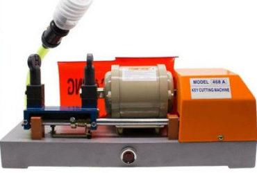 Máquina copiadora de chaves novíssima